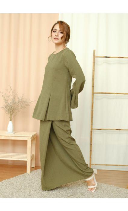 Baesic Comfort Kurung Cypress Green
