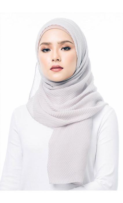 Pleated Wide Shawl Gray
