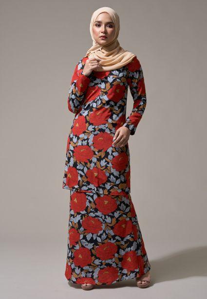 Kurung Faith Garnet Red