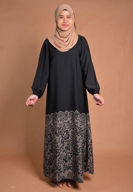 khawla-abaya-persian-nude-2.0