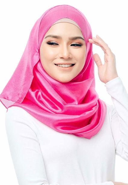 Satin Silk Shawl Raspberry